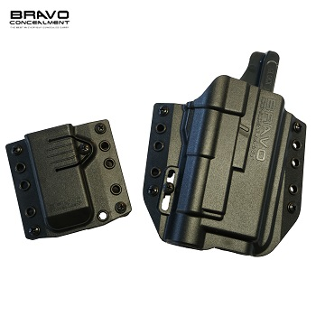 Bravo Concealment ® BCA 3.0 OWB Holster & Mag Carrier für Glock ® Serie Light Bearing (TLR), rechts - Black