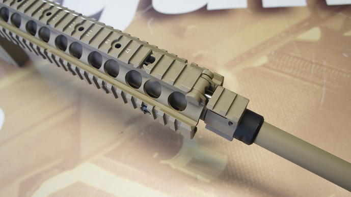 http://www.softair.ch/shop/bilder/ASSAULT_RIFLE/ARES/ARES-SR-003E_06.JPG