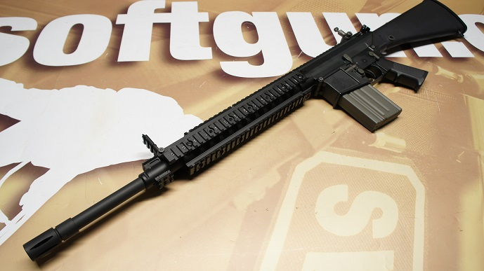 http://www.softair.ch/shop/bilder/ASSAULT_RIFLE/ARES/ARES-SR-004_03.JPG