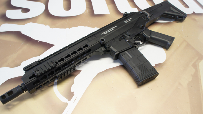 http://www.softgun.ch/shop/bilder/ASSAULT_RIFLE/ICS/ICS-ACR-MASADA-CQB-KEYMOD-BK_03.JPG