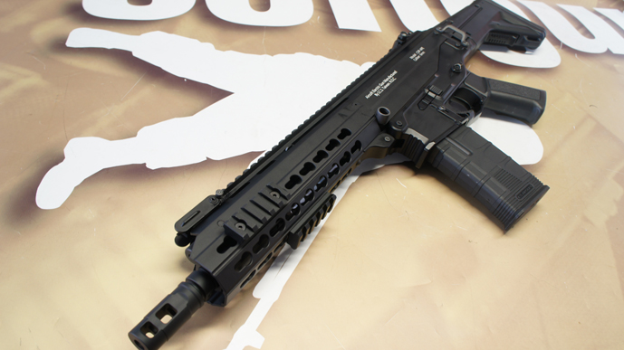 http://www.softgun.ch/shop/bilder/ASSAULT_RIFLE/ICS/ICS-ACR-MASADA-CQB-KEYMOD-BK_05.JPG