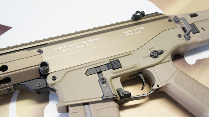 http://www.softgun.ch/shop/bilder/ASSAULT_RIFLE/ICS/ICS-ACR-MASADA-CQB-KEYMOD-DE_09.JPG