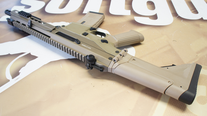http://www.softgun.ch/shop/bilder/ASSAULT_RIFLE/ICS/ICS-ACR-MASADA-CQB-KEYMOD-DE_11.JPG