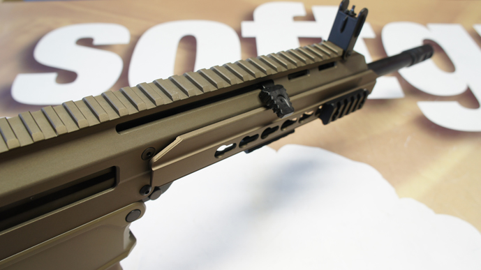 http://www.softgun.ch/shop/bilder/ASSAULT_RIFLE/ICS/ICS-ACR-MASADA-KEYMOD-DESERT_07.JPG