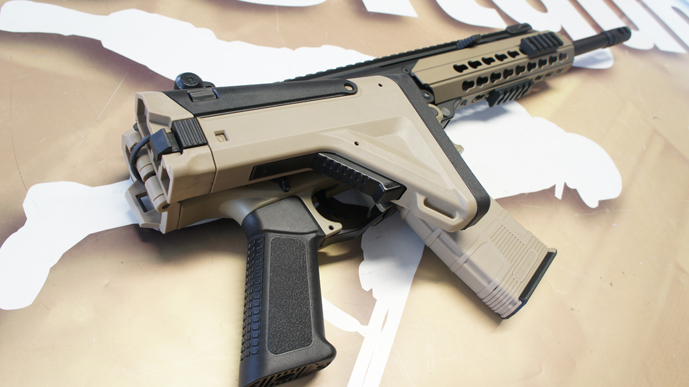 http://www.softgun.ch/shop/bilder/ASSAULT_RIFLE/ICS/ICS-ACR-MASADA-KEYMOD-DUALTONE_16.JPG