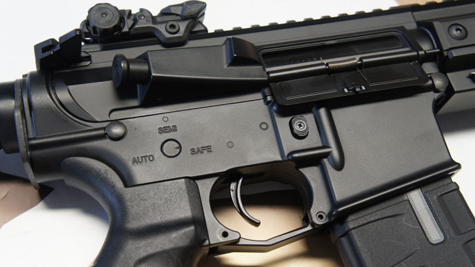 ../shop/bilder/ASSAULT_RIFLE/ICS/ICS-M4-CXP-KEYMOD-BLACK_10.JPG
