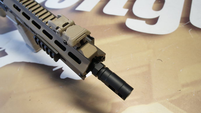 ../shop/bilder/ASSAULT_RIFLE/ICS/ICS-M4-CXP-KEYMOD-DESERT_06.JPG