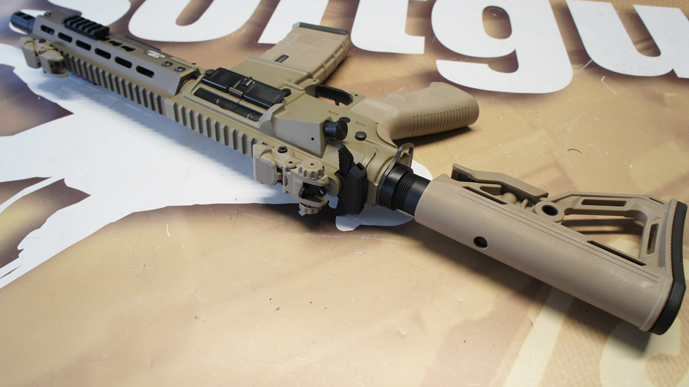 ../shop/bilder/ASSAULT_RIFLE/ICS/ICS-M4-CXP-KEYMOD-DESERT_11.JPG