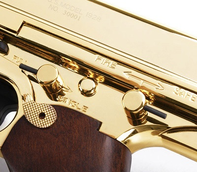 http://www.softair.ch/shop/bilder/ASSAULT_RIFLE/KA/KA_M1928_GOLD_3.jpg