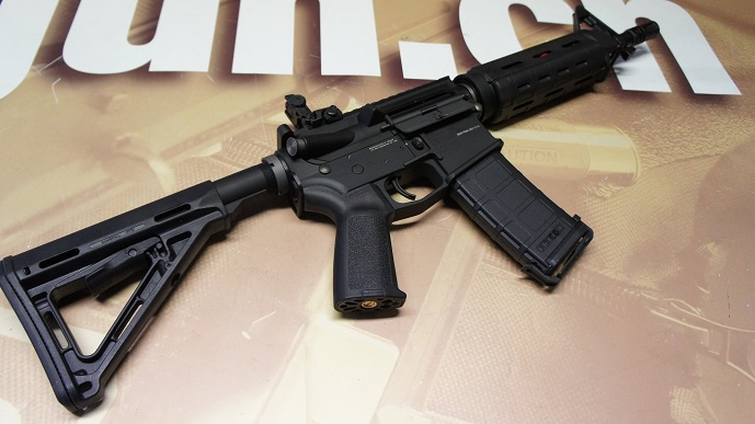 http://www.softair.ch/shop/bilder/ASSAULT_RIFLE/MAGPUL/PTS-RM4CQB_04.JPG
