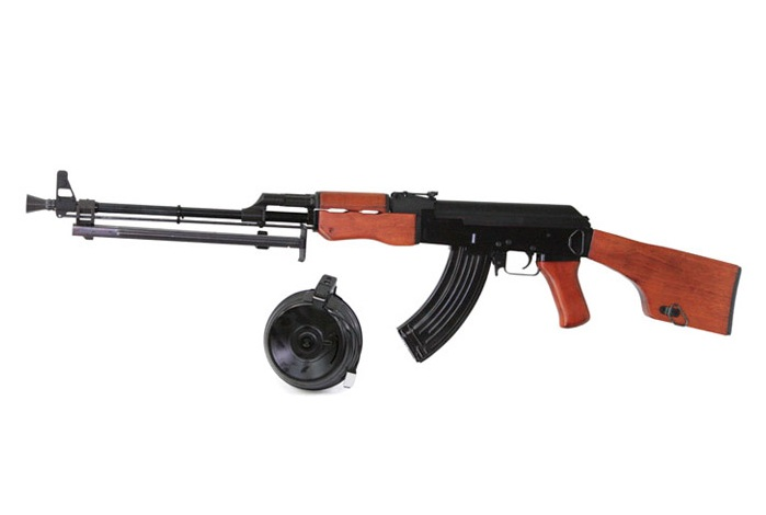 http://www.softair.ch/shop/bilder/ASSAULT_RIFLE/SRC/SRC_RPK.jpg