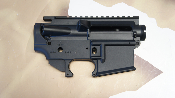 http://www.softair.ch/shop/bilder/GEAR/RATECH/BODY/RA-TECH-FORGED-RECEIVER-COLT-MARKINGS-BK_02.JPG