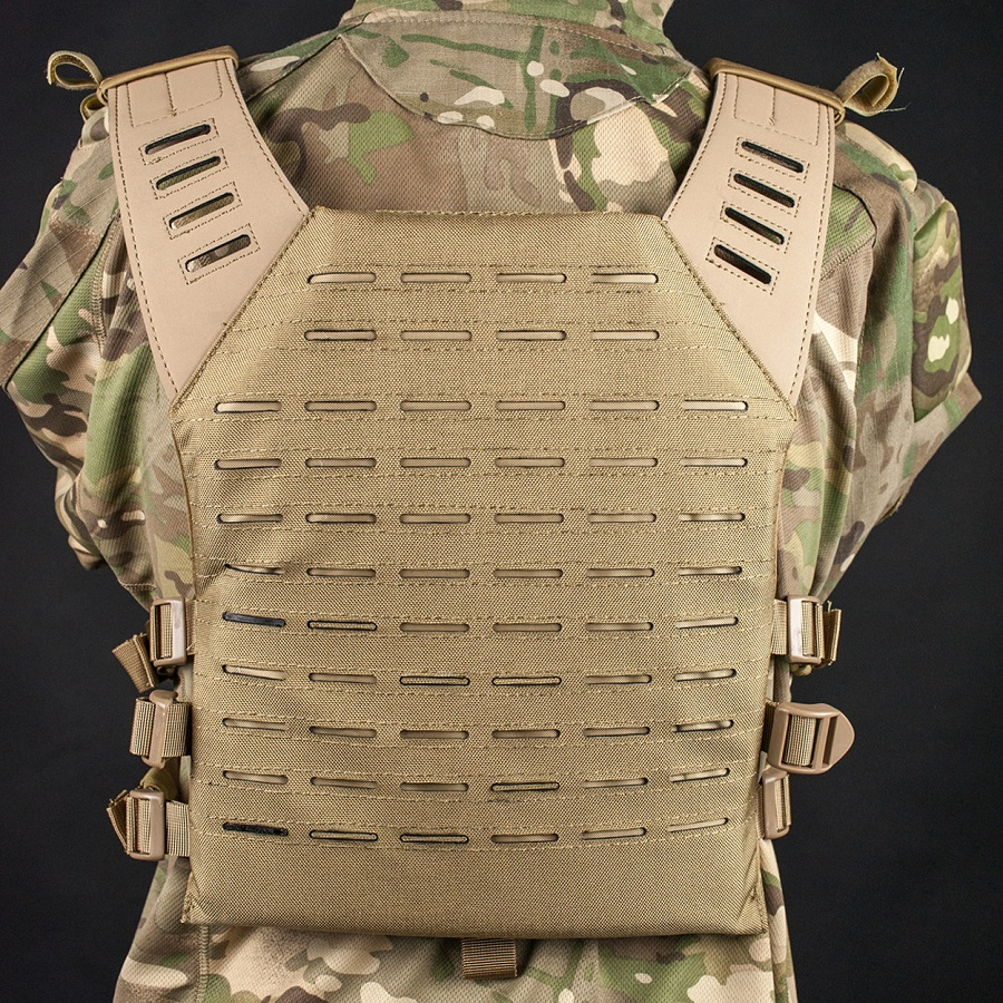 http://www.softair.ch/shop/bilder/GEAR/VEST/VALKEN/VALKEL-PLATE-CARRIER-LC-TAN_06.jpg